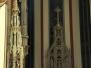 Měsíc nakukuje do katedrály vitráží (30. listopad )